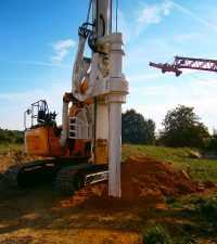 Tes Car CF8 Piling Rig - Colets Piling - Piling Contractor, UK